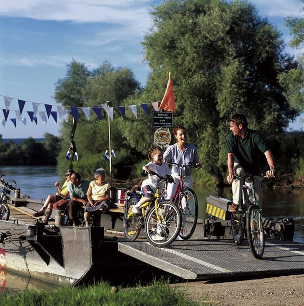 Donaufahre Zwischen Eining Und Hienheim Naturpark Altmuhltal