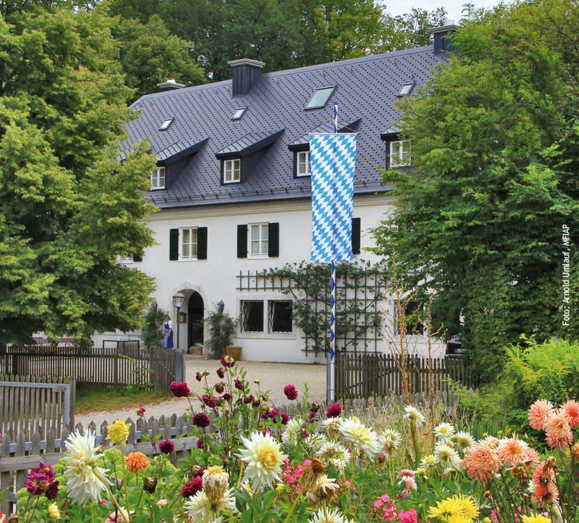K schinger waldhaus naturpark altm hltal for Modernes waldhaus